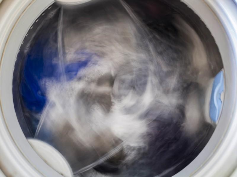 Droger maakt brommend geluid of je wasdroger maakt raar geluid. Hoe komt dat?