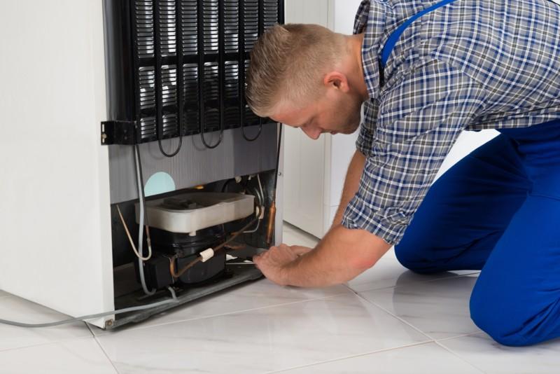 ᐅ Wat u moet weten over een vriezer reparatie [Bel direct]
